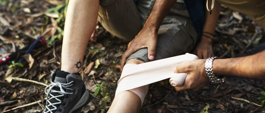 tensor bandage application