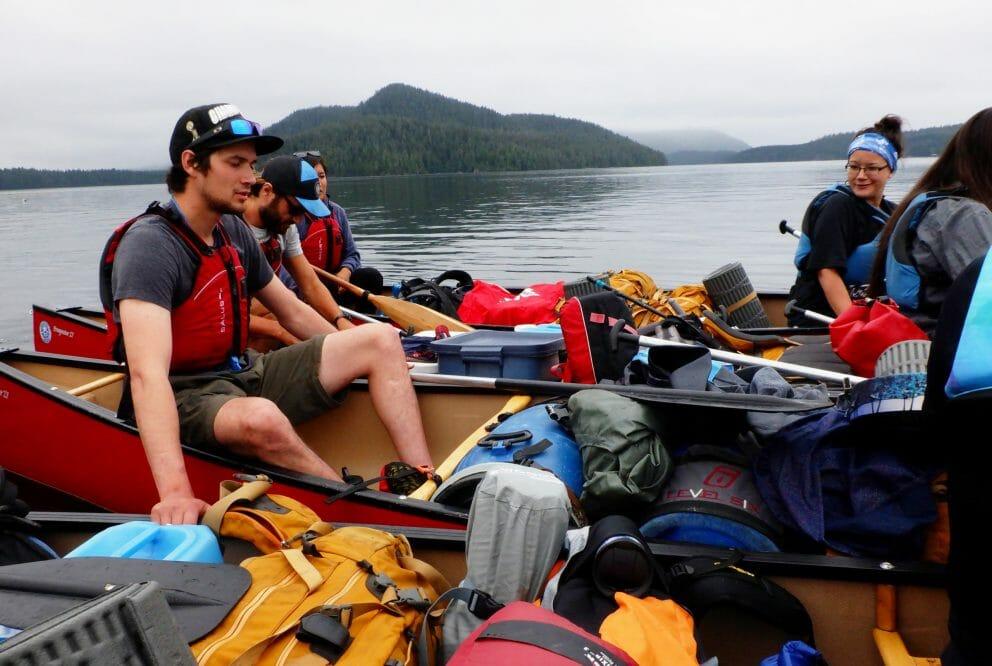 canoers prepare to disembark